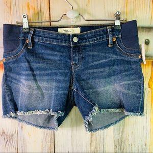 NWT Gap Maternity Stretchy Frayed Dark Rinse Jean Shorts Size 27